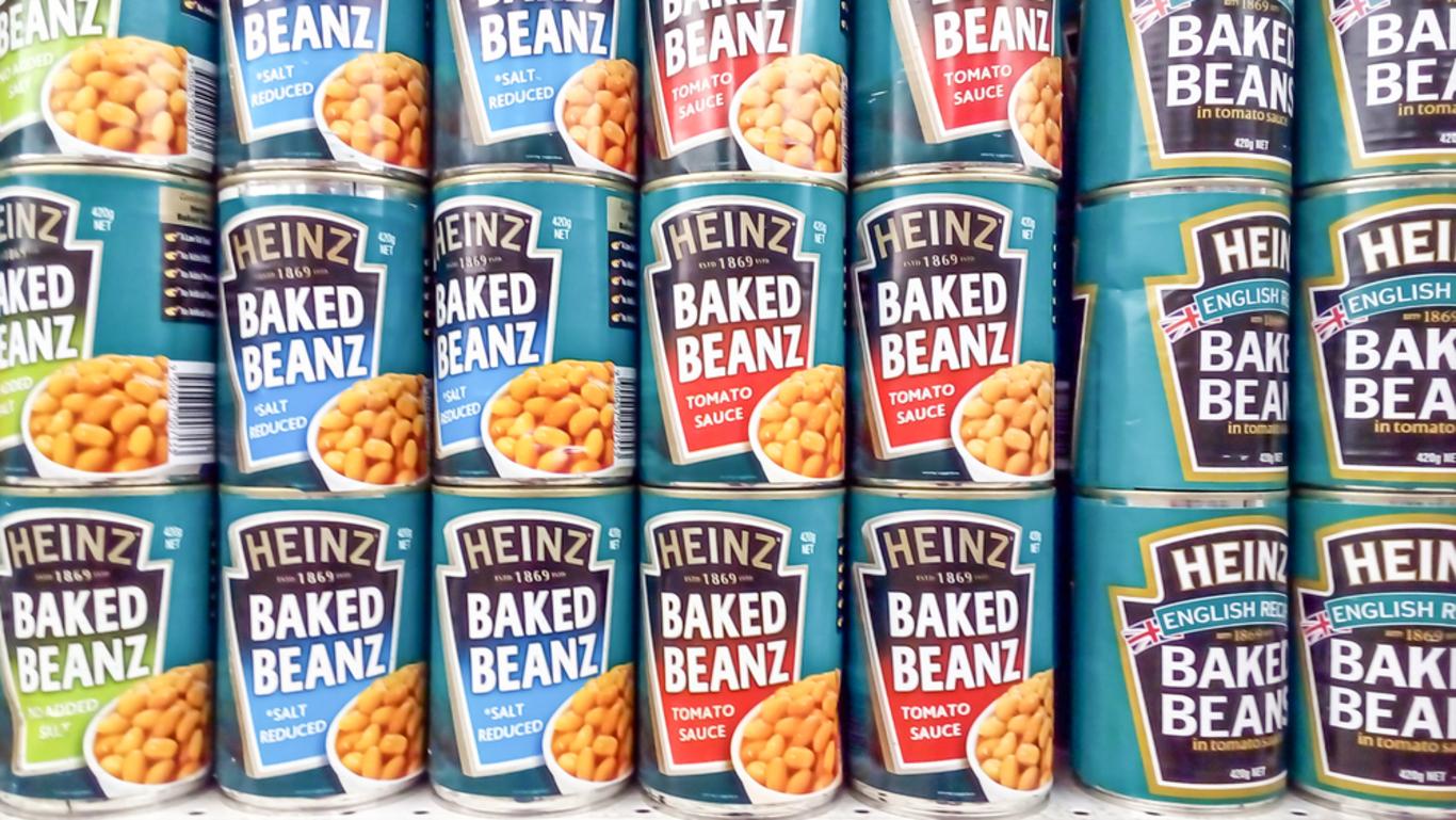 Upstart brands are giving Kraft Heinz a run for its money - so it\'s ...